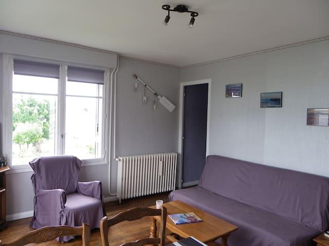 La maison du marin, hauteur de Dieppe : Bonsecours - Dieppe - Hus