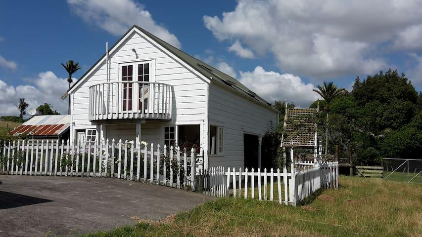 Castlehill Barn - rural retreat