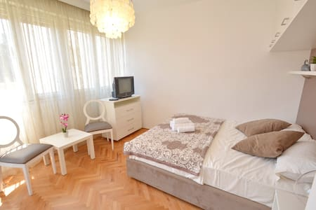 CITY CENTRE Apt near PortoM! - Apartamento