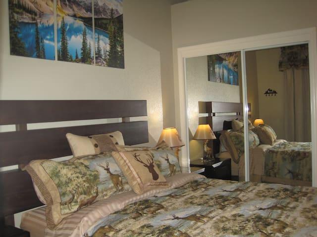 """""""Bear and Deer"""" 2 Bedroom private suite"""