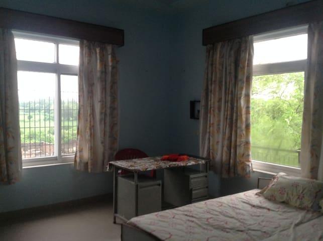 Bed Room 14*14