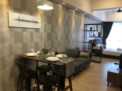2-4 Pax Studio REVO Bukit Jalil next to Pavilion