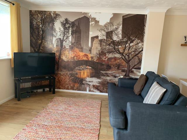 Cosy Corner - Kettering 3 bedroom family home