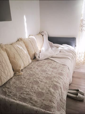 Bright and comfortable home - Beechboro - บ้าน