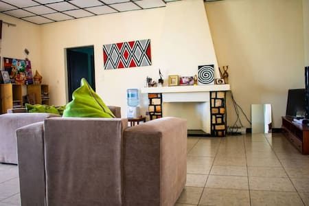 rooms with breakfast in kimihurura.