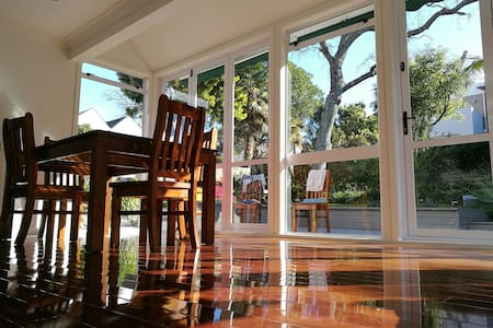 Takapuna  near by Sunny Double bed - 奥克兰 - 独立屋