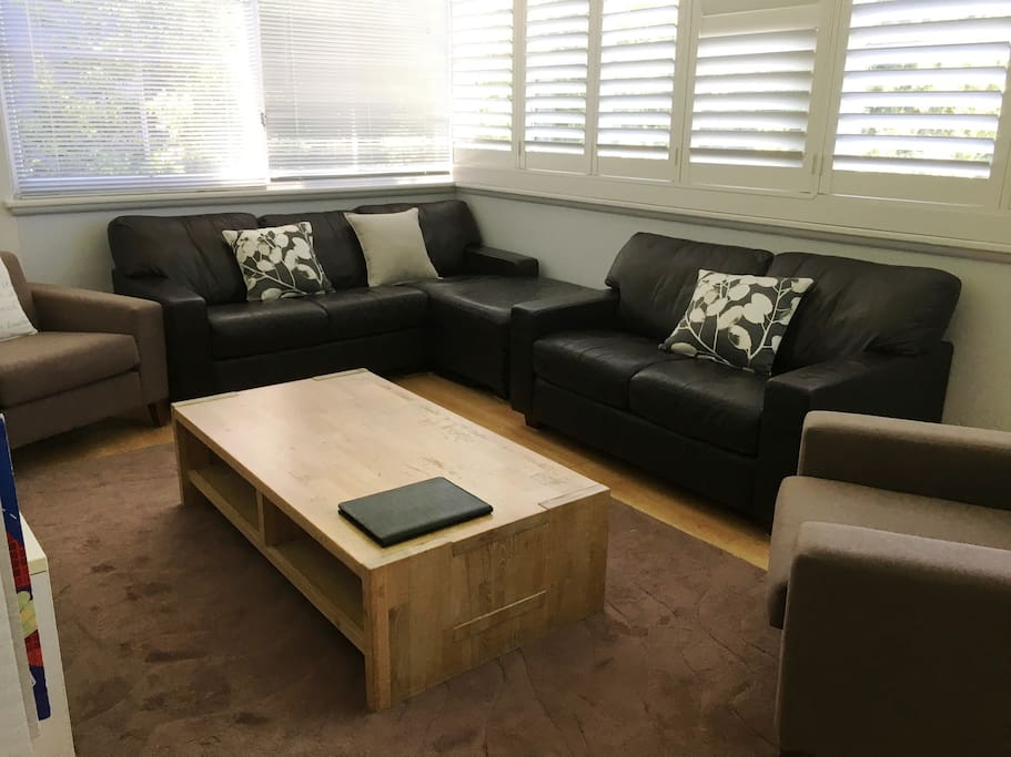 Recently renovated Large Family Room with seating for 8 and reverse cycle air conditioning to keep everyone warm or cool.
