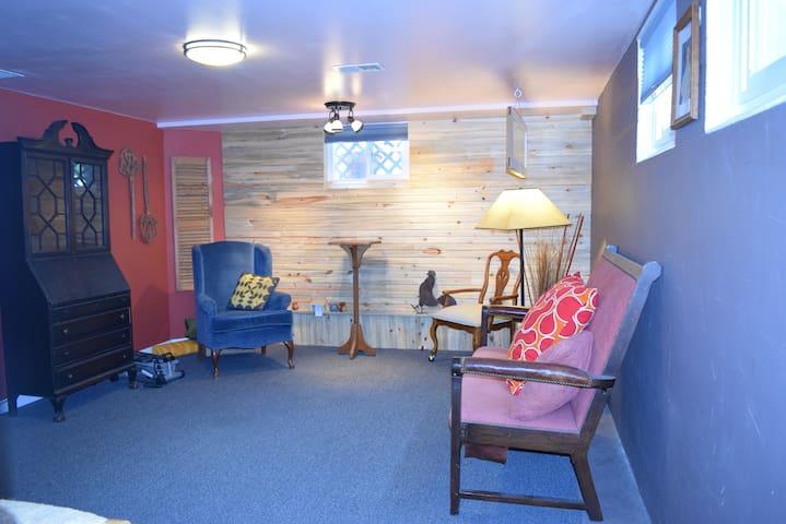 old town basement apt