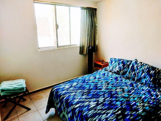 En nuestro hogar nos gusta disfrutar de la frescura de las sábanas limpias. Queremos que tú disfrutes de la misma sensación de bienestar.