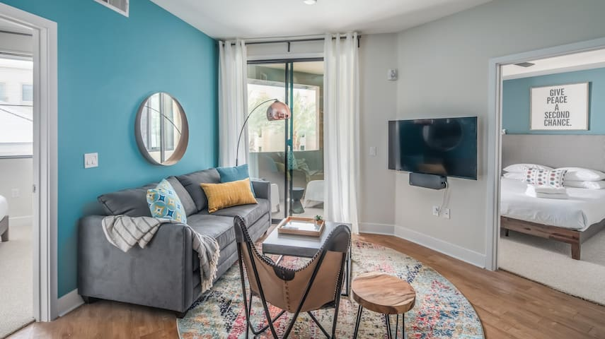 WanderJaunt | Theodore | 2BR | Paradise Valley