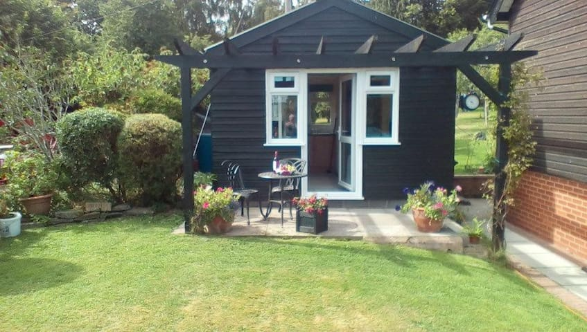 Cosy Cabin - Staunton on Wye, Herefordshire