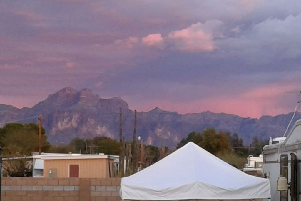 Spectacular views of the Superstition Mountains!!