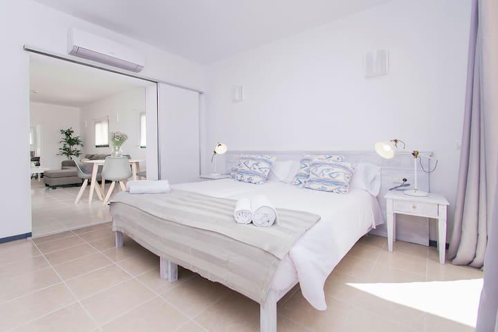 Apartamento con gran terraza - 101