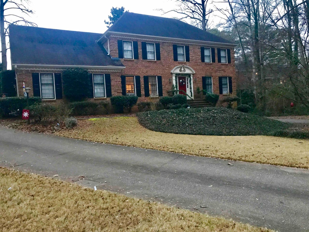 Located on a quiet culdesac, there is plenty of room for parking.  There is an additional side driveway for additional parking.