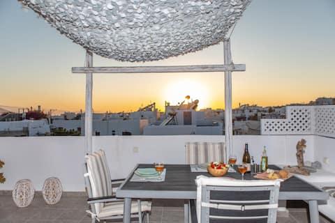 Central amazing rooftop & suite ~ Melianna Azure