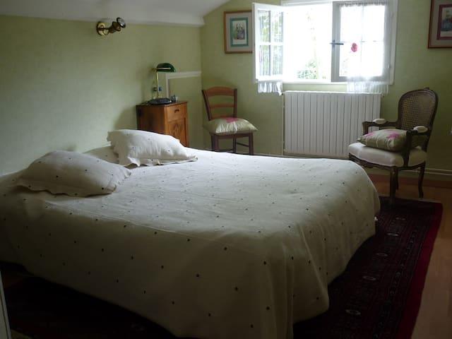 Chambres indépendantes dans résidence secondaire
