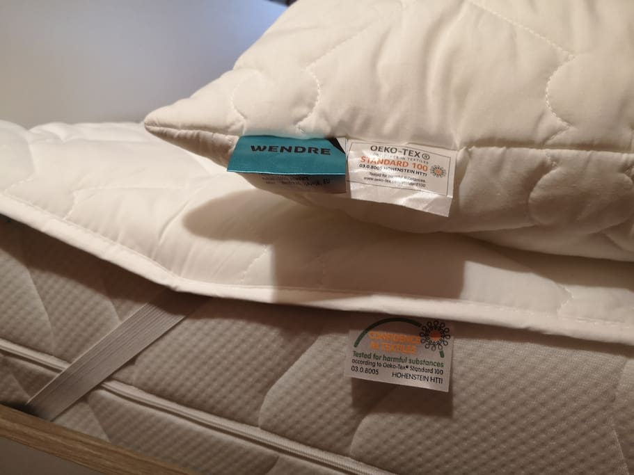 Pillows and matrass protector