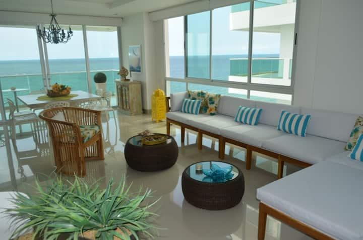 Lujoso Apartamento Frente al Mar 3 Habitaciones