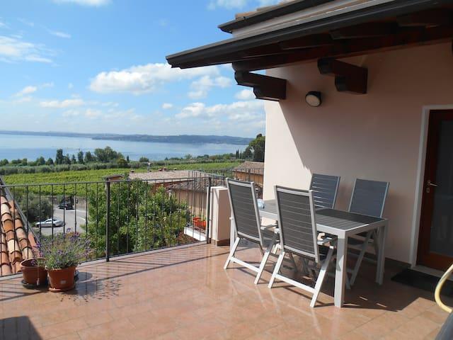 Casa con vista lago a Moniga del Garda