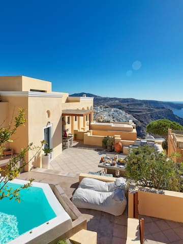 R846 Mansion Private Pool  Sea Views Maid Service Outdoor Jacuzzi