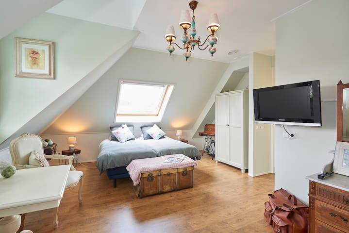 Amazing B&B 2 countryside Amsterdam - Landsmeer - Bed & Breakfast