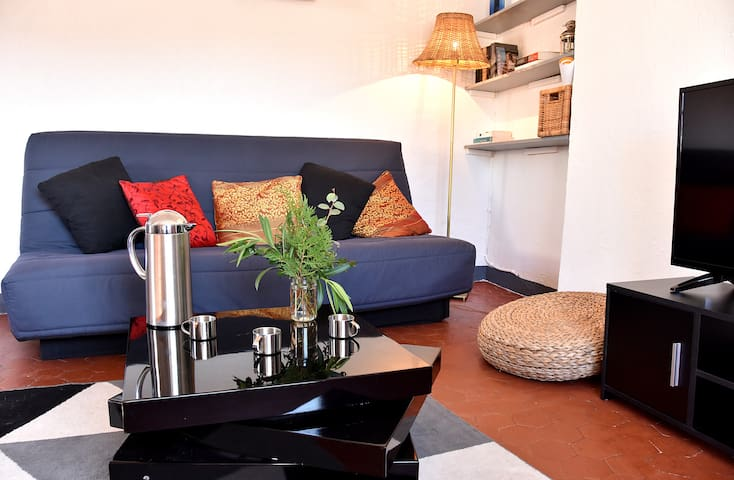 Lovely flat in the heart of the medieval city