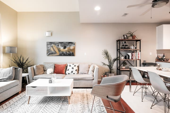 Explore the Vibrant East Side from a Cozy Condo