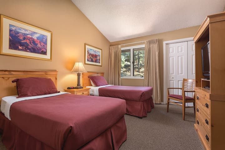Explore the beauty of the Wyndham Flagstaff Resort