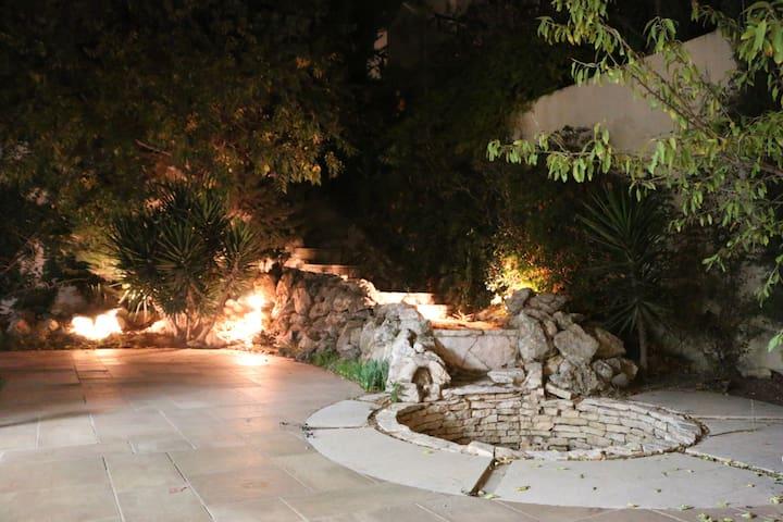 Amman Villa (Bed #4) Near Dead Sea