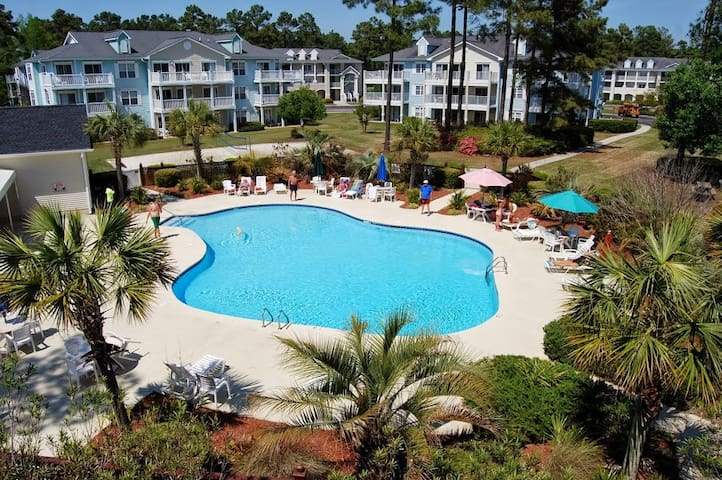 Golf & Lagoon Views! Brunswick Plantation Condo! - Calabash - Apartament