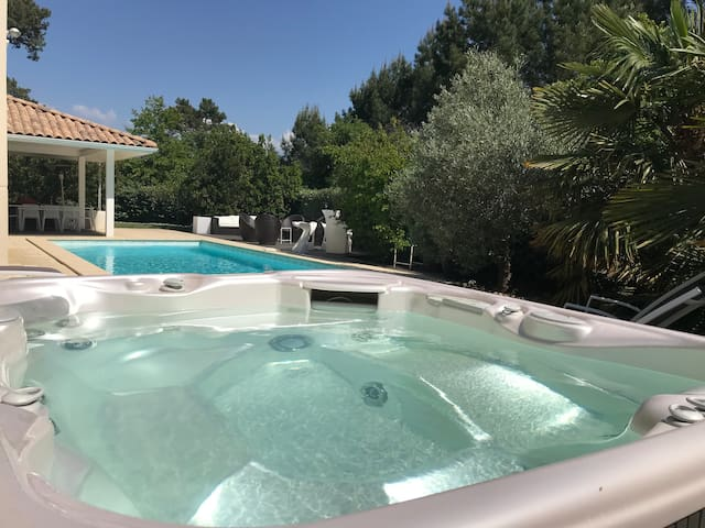Villa Accolade- Pyla sur Mer piscine chauffée +spa