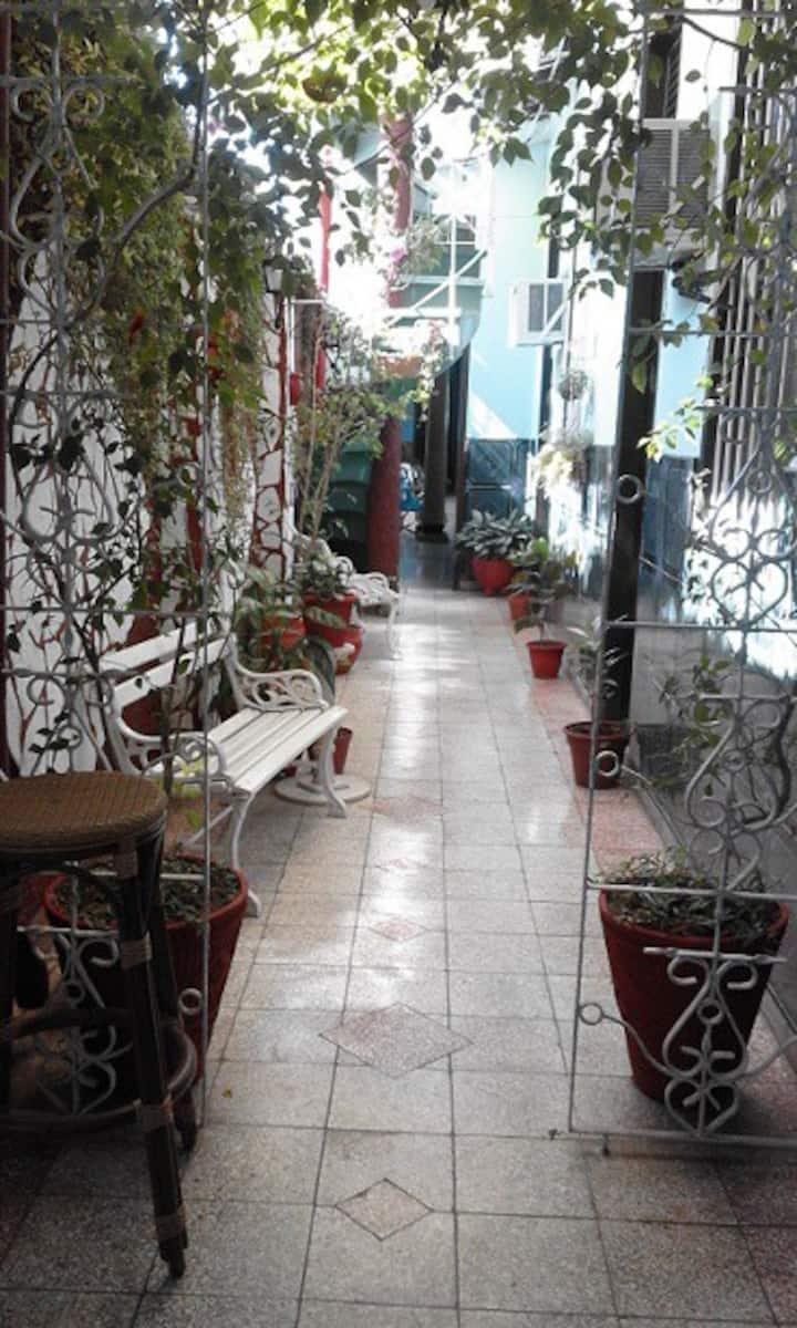 Casa Colonial Mirta y Candido.Hab 3