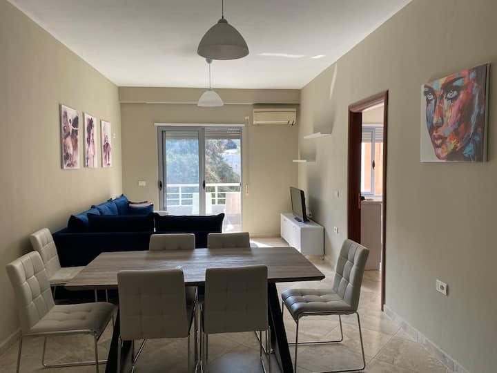 Lungo Mare , 2 badrooms, entire apartment 100m2