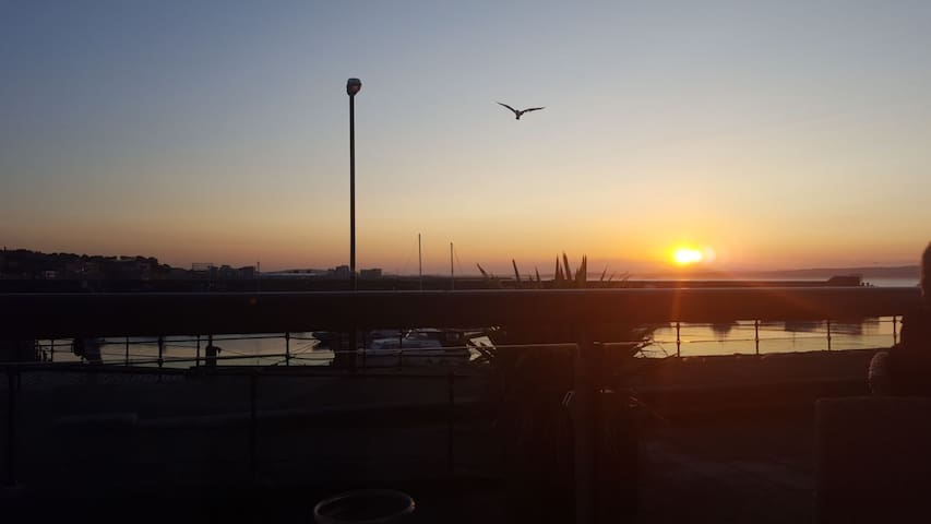 Newhaven Harbour sunset. 5mins by foot