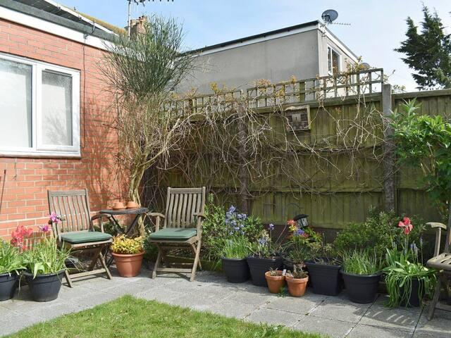 Barnes's Rest Annexe (UK11312)
