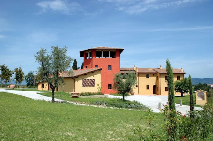 Borgo Di Vinci - Vinci 4, sleeps 4 guests - Cerreto Guidi