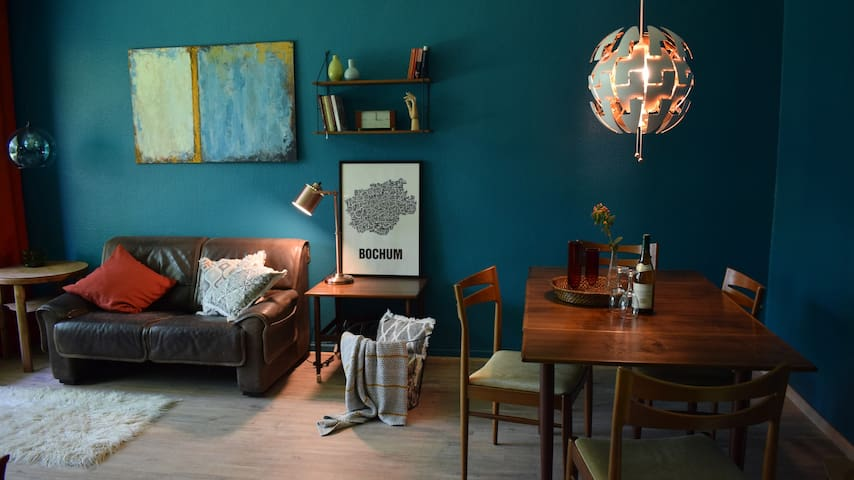STAY IN BOCHUM   komplette Wohnung mit Balkon