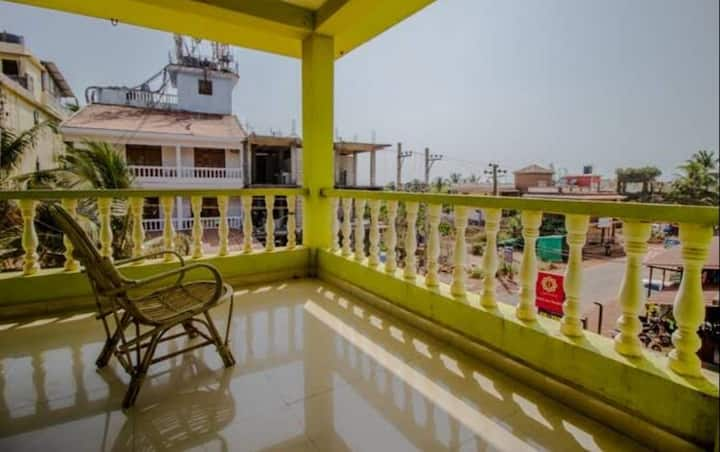 Spacious 1BHK with Morjim Beach View - 6 Min Walk