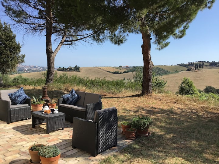 Villa Maise 4 bedroom Stunning View 3km from Beach