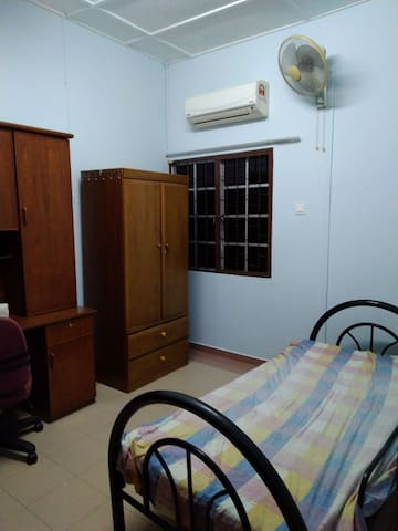 Room for rent, USJ 2 near SEGI, summit, USJ 7 LRT