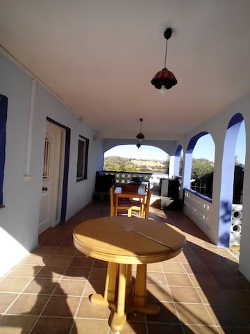 Villa with wonderful mountain view - Villamarchante, Valencia - Villa