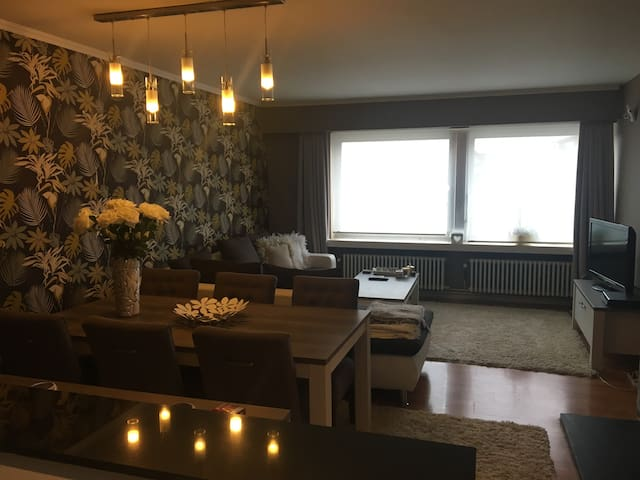 Big, modern & cosy apartment close to city centre - Antwerpen - Wohnung