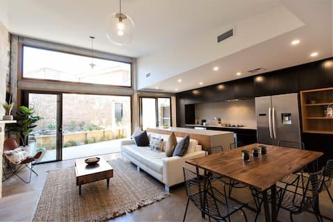 Bull Street Retreat – Cooks Hill – Inner City Luxe