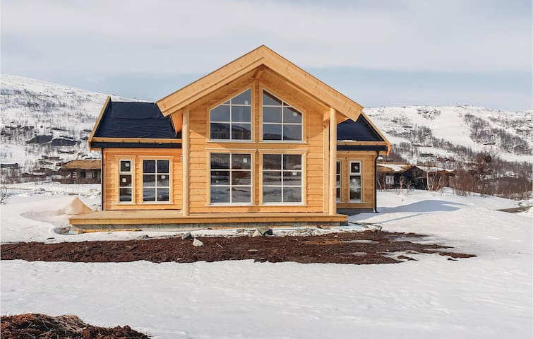 Holiday cottage with 4 bedrooms on 103m² in Vøringsfoss