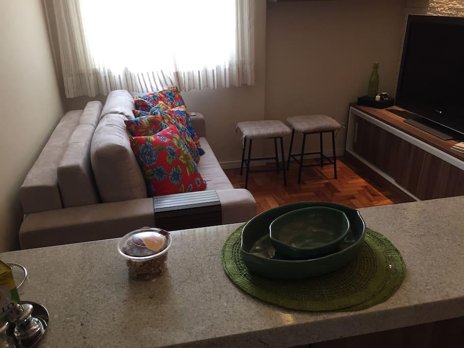 Living room - visão lateral da sala