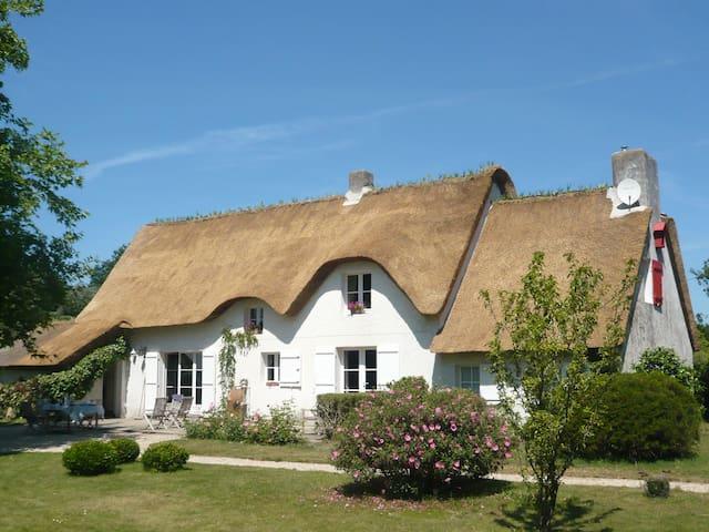 Chaumière d'invités - Saint-Lyphard - Dům