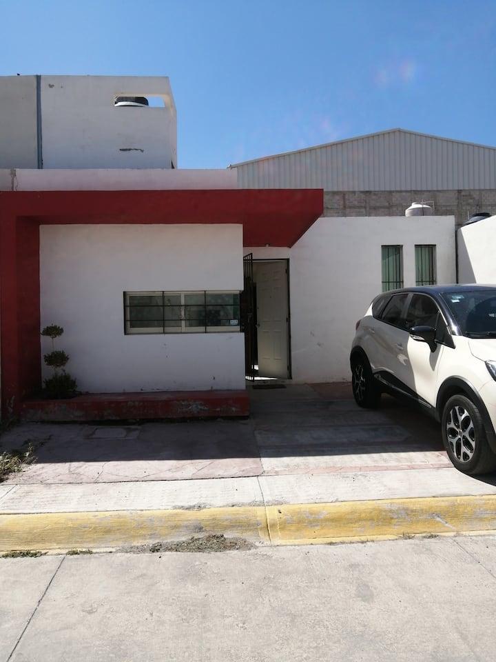 Cómoda, ubicada y segura  casa en Pachuquilla Hgo