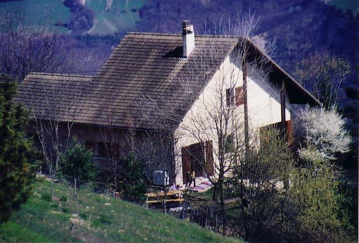 Maison Zzyzx - Miribel-Lanchâtre - วิลล่า