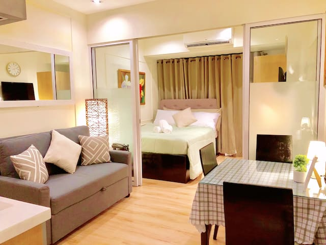 Comfort Luxury For Less - Knightsbridge Makati