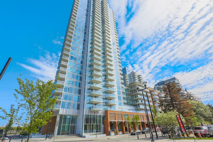 Billie's Beautiful Condo is sale available!
